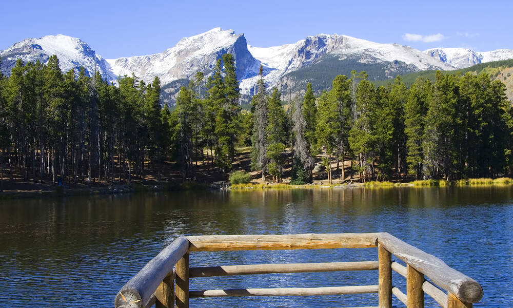 Sprague Lake in Rocky Mountain National Park, Colorado