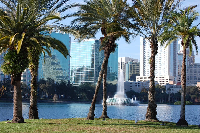 Lake Eola in de stad Orlando, Florida