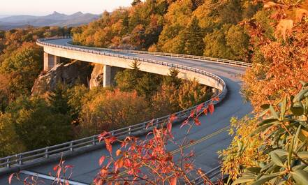 Linn Cove Viaduct in de herfst