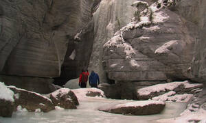 Maligne Canyon Ice Walk, Jasper
